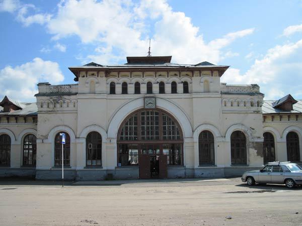 Вокзал в Шарье