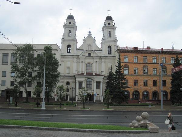 католический храм в минске